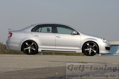 VW Golf 5 / VW Jetta 5 Пороги Carbon Look