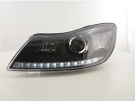 Skoda Octavia 09- Фары с LED габаритами черные
