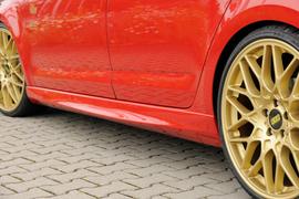Skoda Octavia RS 5E 13-17/17- Накладки на пороги