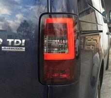 VW Caddy 03-15 Фонари светодиодные, Light bar design красно-тонированные