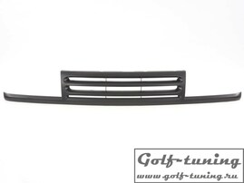 VW Vento Решетка радиатора без значка черная