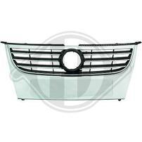 VW Touran 06-10 Решетка радиатора с хром полосками