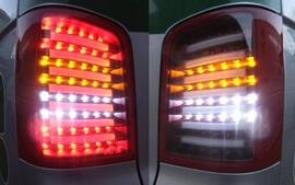 VW T5 03-15 Фонари Lightbar design красно-белые
