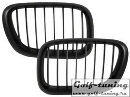 BMW X5 99-03 Решетки радиатора (ноздри) черные