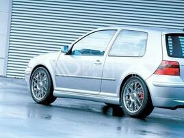 VW Golf 4 Накладки на пороги в юбилейном стиле 25Th anniversary